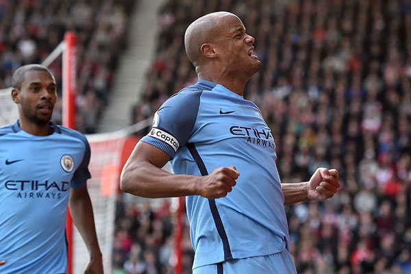 Man City captain Kompany will look to keep Rashford quiet in the Derby