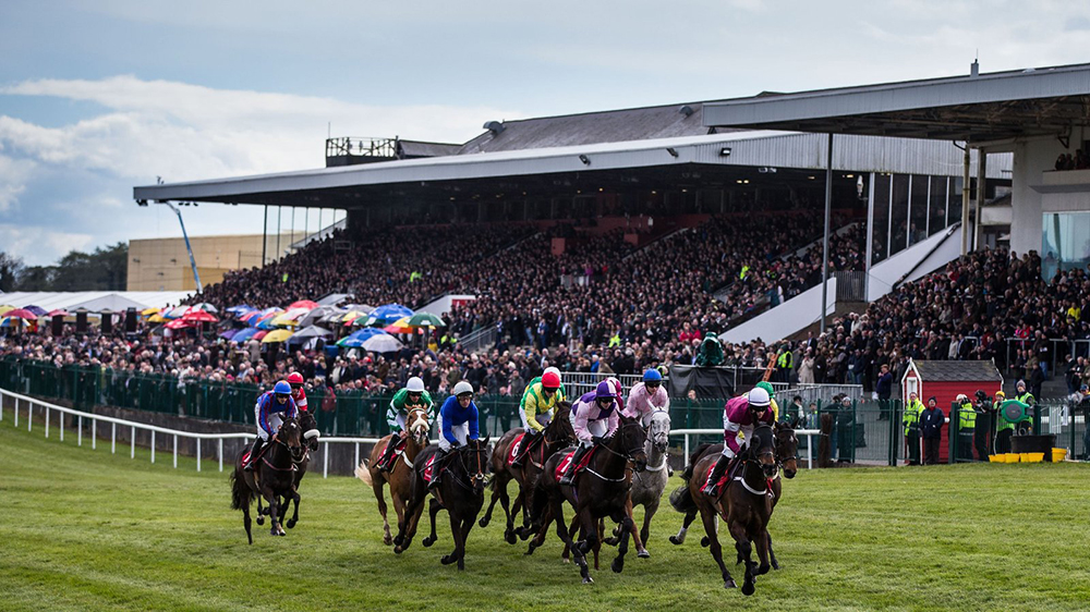 UK-and-Ireland-Horse-Racing-Preview-27th-April-2017-large