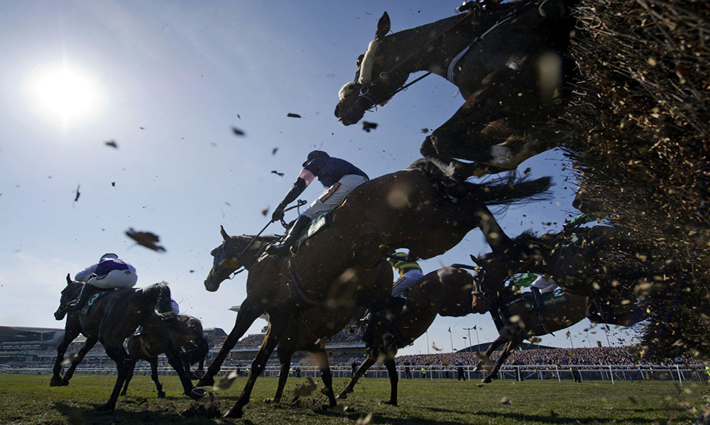UK-and-Ireland-Horse-Racing-Preview-29th-April-2017-large
