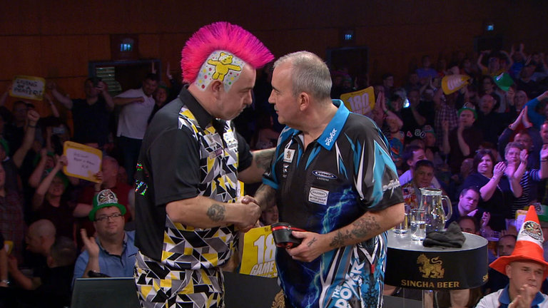 Peter Wright and Phil Taylor clash tonight as Taylor looks to win his last league title